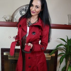 Soia & Kyo red lined trench coat large buttons